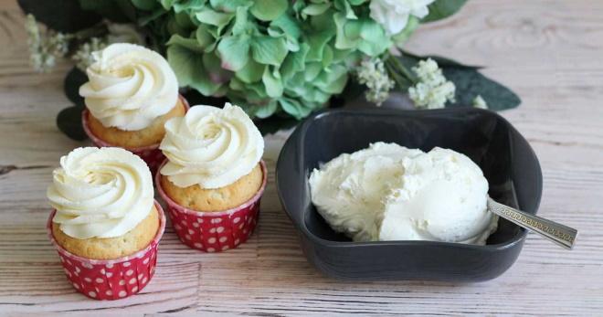 Крем-чиз на сливках — лучшее украшение десертов!