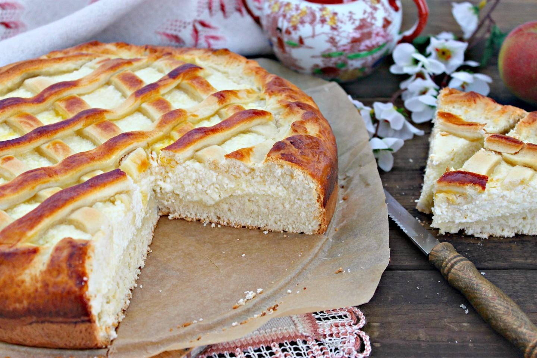 Пирог с творогом: очень вкусный, нежный и быстрый