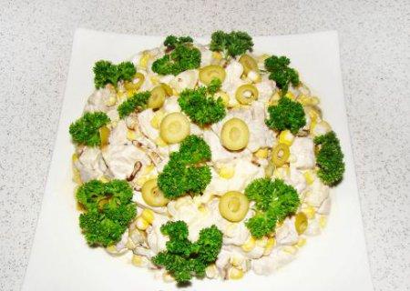 Мясной салат Кобб