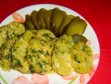 Картошка в сырном соусе