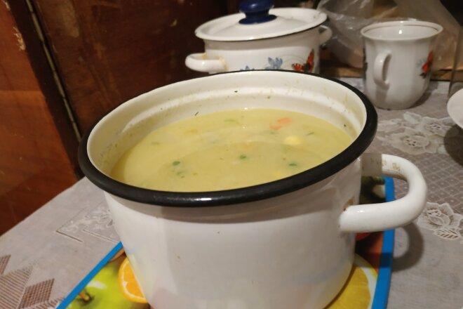 Диетический сырный суп с овощами