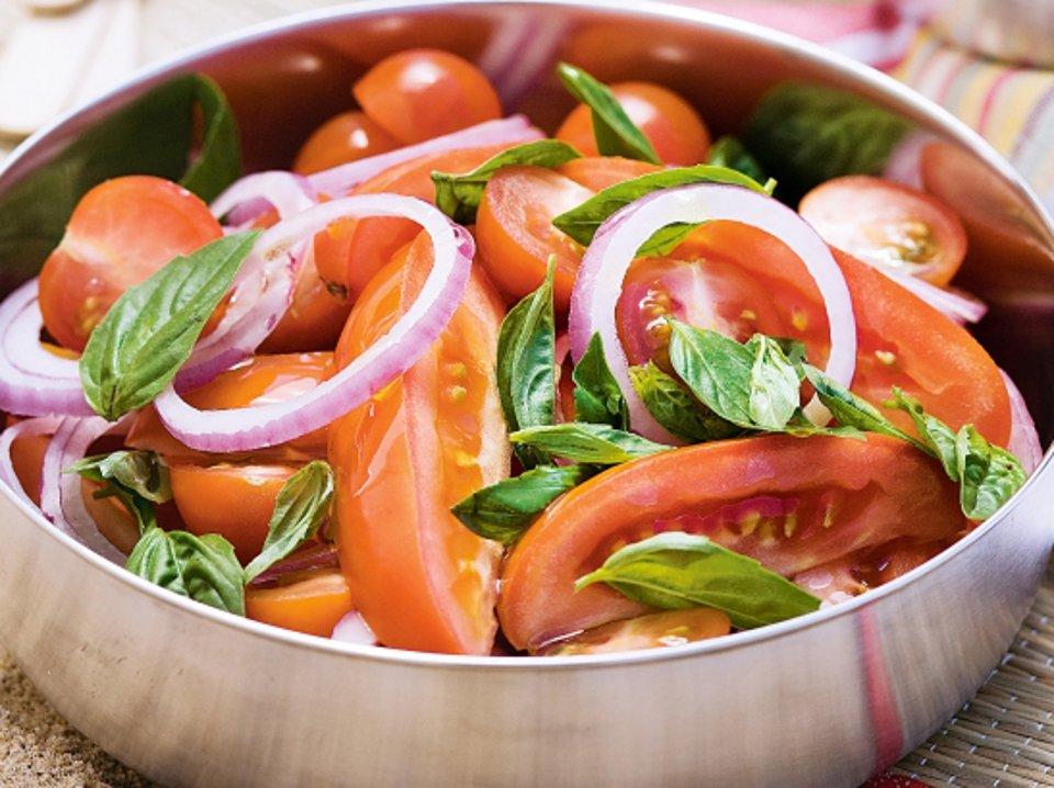 Салат из помидоров «Амато»