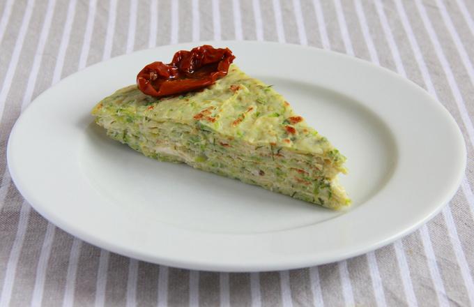 Кабачковый блинный торт с сыром